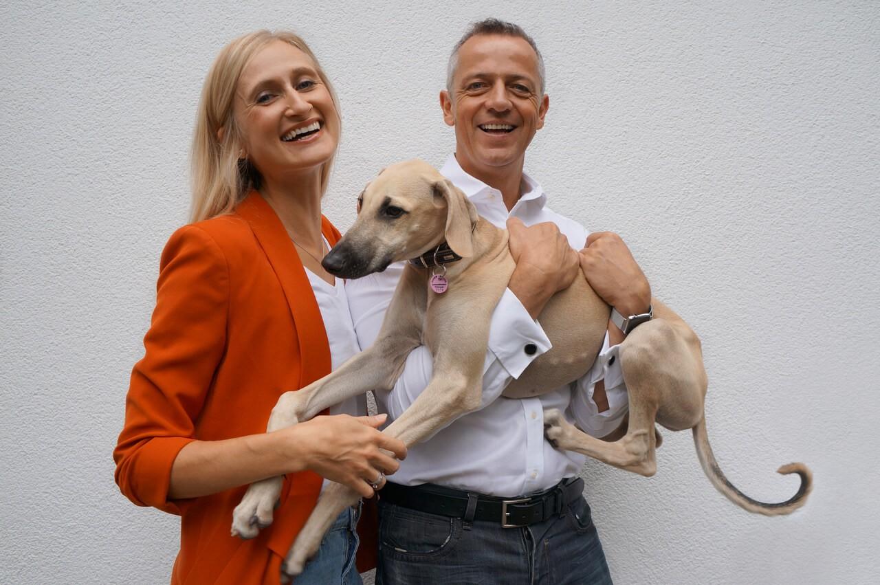 Blepi_Eva-Jarosova-Korte-mit-Mann-Christian-und-Hund-Tadashi